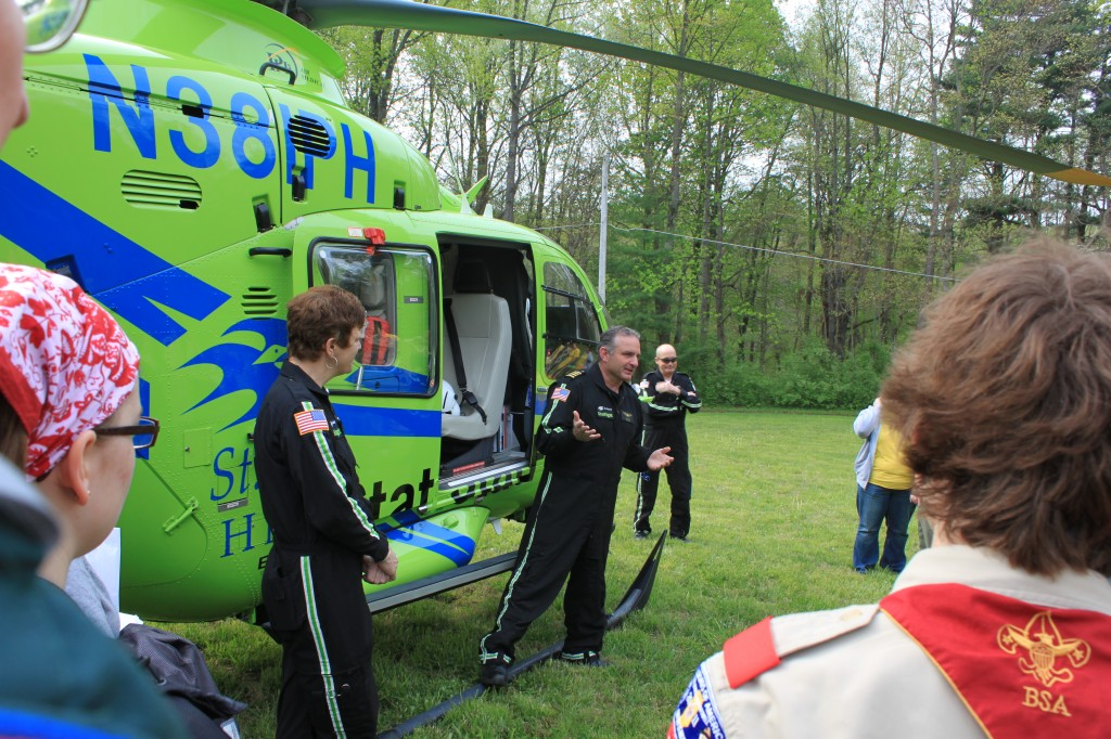 Pilots of Helicopters get attention